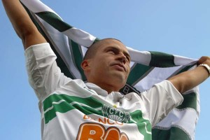 Alex retorna ao Coritiba
