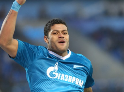 Hulk comemora segundo gol contra o Krylya