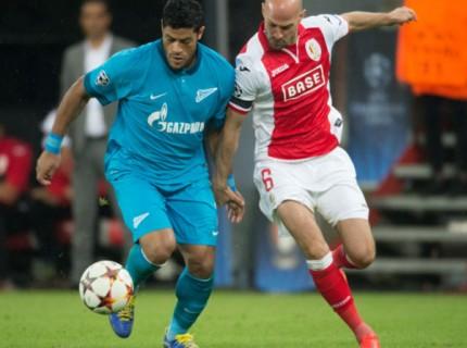 Hulk contra o Standard Liège