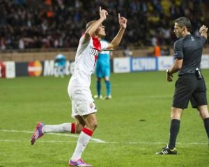 Fabinho comemora gol contra o Zenit