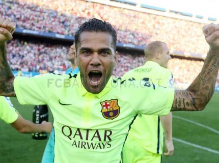 Daniel Alves conquista sua 5ª Liga Espanhola