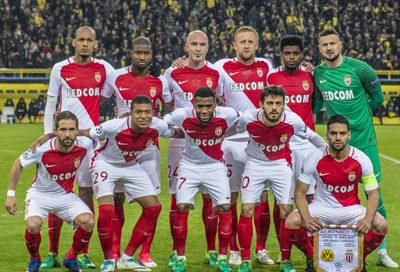 Time posado do Monaco contra o Borussia