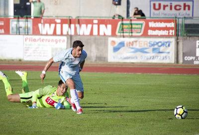 Giuliano marca contra o Áustria Viena